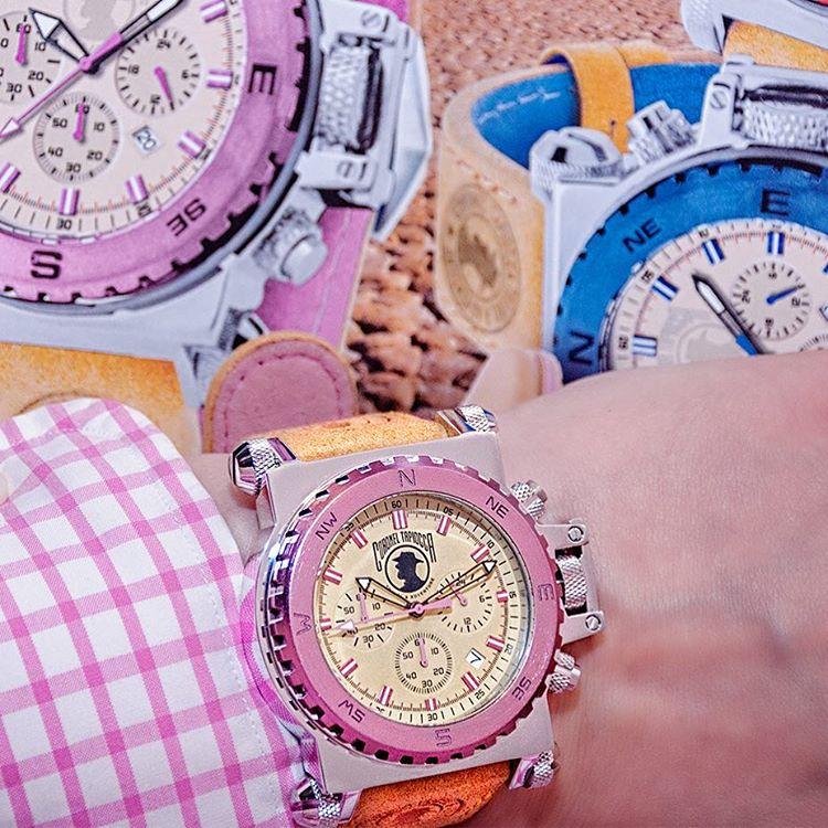 """Muy buenas noches!... Me encanta mi nuevo reloj de @coroneltapioccawatch  puedes conseguirlo a un 20% de descuento indicando en el pedido el código """"ctpinkworld"""" Ref: CT-1018 a través de su email ▶️ coroneltapioccawatch@gmail.com """"es el regalo perfecto"""" ⌚️ #coroneltapioccawatch #christmas2015 #regalooriginal #regalonavidad #regalos #reloj #watches #watch #watchesofinstagram #sevilla #merrychristmas #modamujer #deluxe #jointheadventure"""