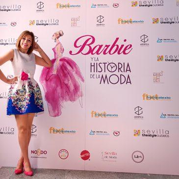"""Barbie y la historia de la moda"""